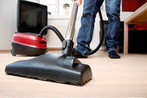 Vacuuming machine